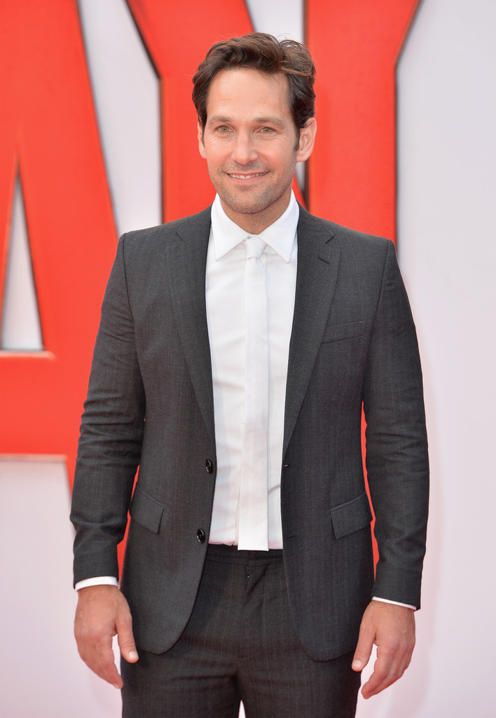 Paul-Rudd-Ant-Man-European-Premiere-2015-Picture-Suit-White-Tie-002.jpg